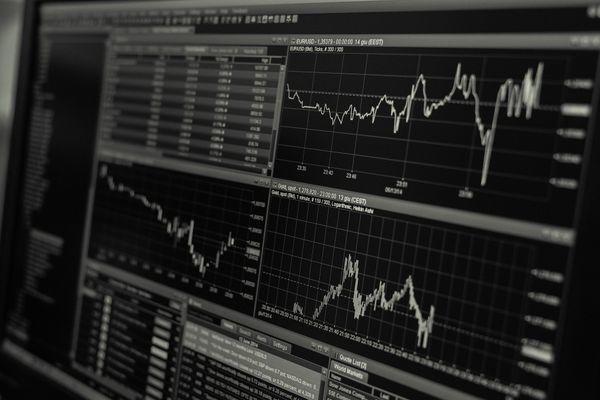 海外FX業者選びは慎重に!安全なFX業者選びのための4つのポイント