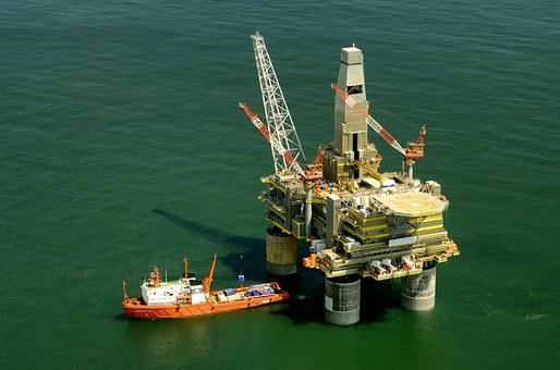 joe_20170428.03海上石油プラットフォーム.png